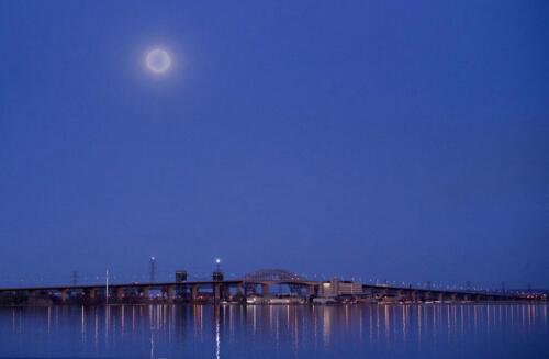 Across Burlington Bay 6.5 6 7 19.5 Leonie Holmes FCAPA  Pictorial Master