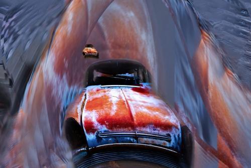 Wreckers Racing Thru The Tunnel 19.5 John King  Creative Gold