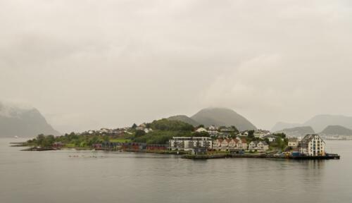 Island, Norway  21  Pictorial  Silver  Chris  Vermaak