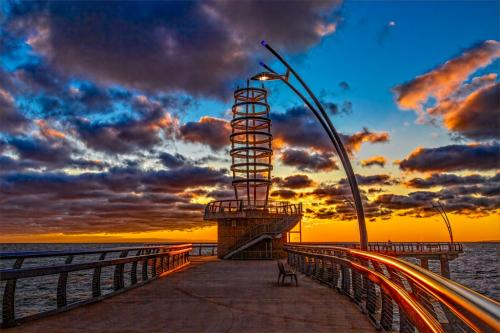 Sunrise At Burlington Pier 8 8 9 25 HM GPP Geoff Dunn  Pictorial Gold
