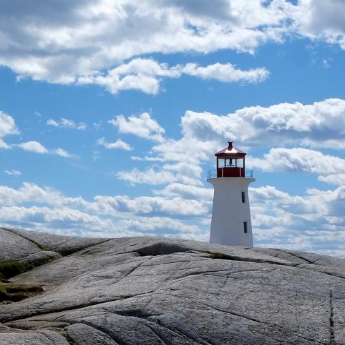 Peggy's Cove Lighthouse 19.5 Pictorial Gold Ian Porszt