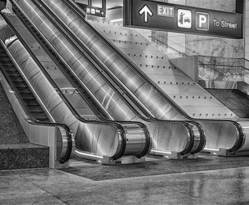 The Escalator 2 21.5 Pictorial Gold Ed Espin