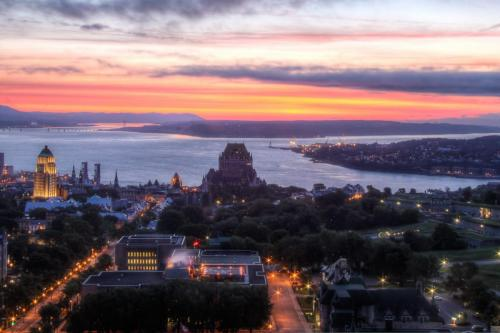 Sunrise glow in Quebec City 22.5 Pictorial Silver SPP Andy Langs