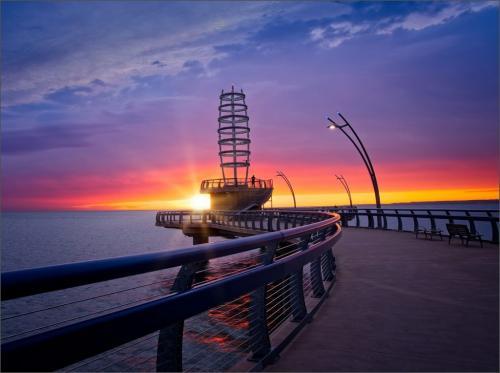 Sunrise At Burlington Pier 8 8 7.5 23.5 Bela Acs  Pictorial Master