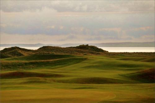Golf On Islay 6 6 7 19 James Hamilton  Pictorial Gold