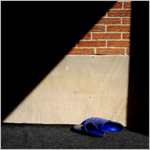 Crocks At Rest 7 7.5 7 21.5 John Bunyon  Pictorial Silver
